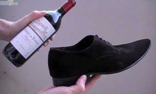 How to open a bottle of wine with your shoe e1362168699655