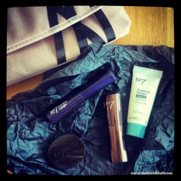 Best Beauty Buy in a While – No 7 Ballerina Beauty Purse