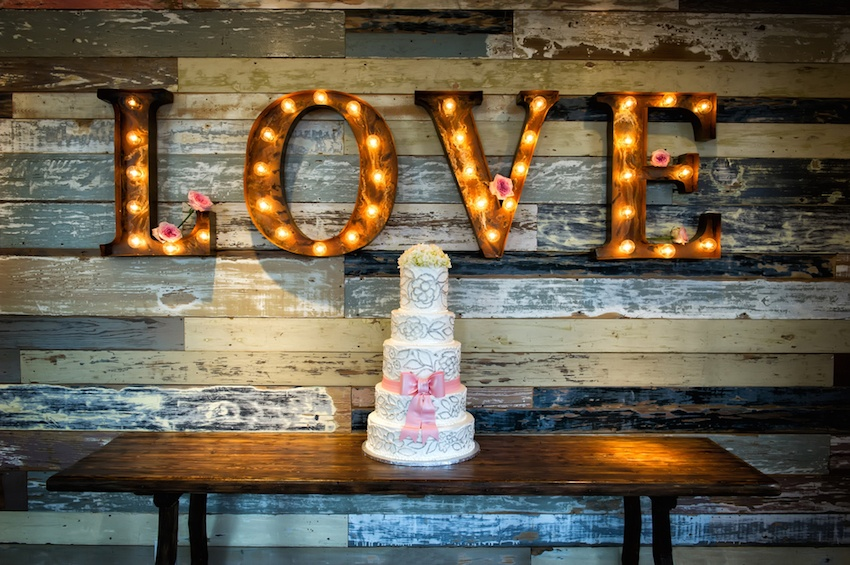 Fun Lighting Ideas for Your Wedding