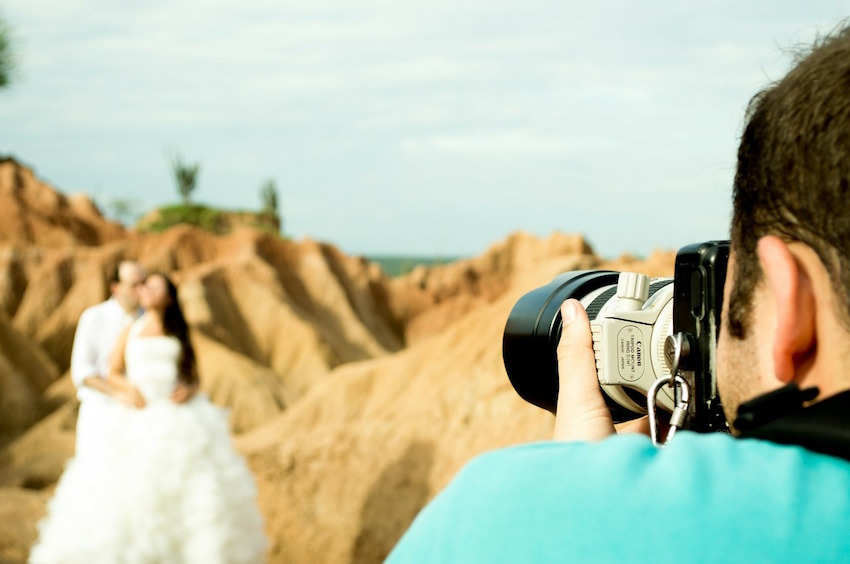 7 Convincing Reasons NOT to Skimp on a Wedding Photographer