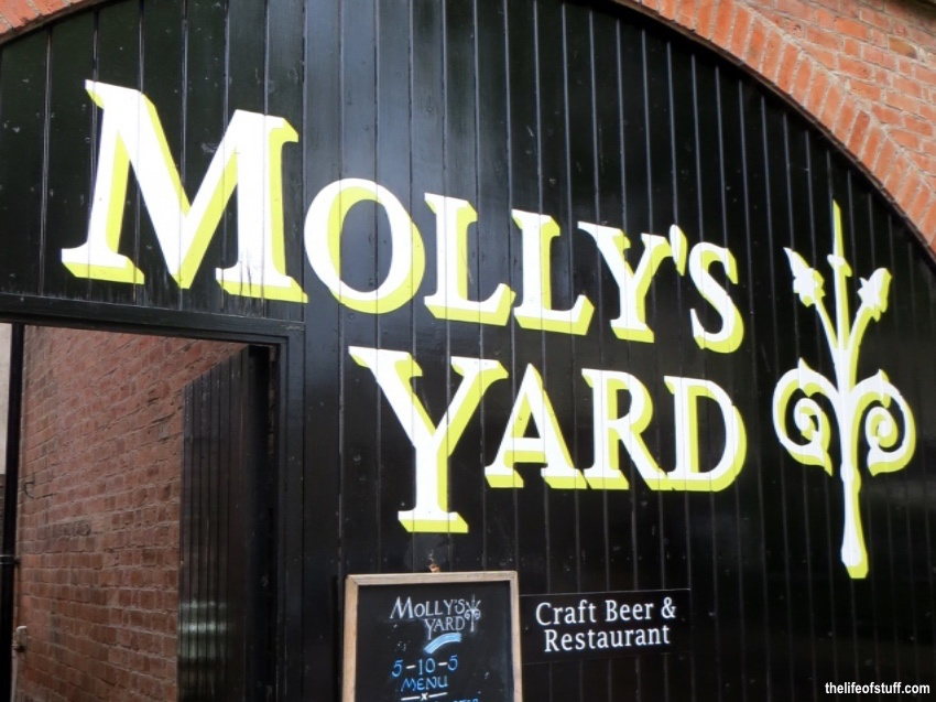 Molly's Yard, 1 College Green Mews, Botanic Avenue, Belfast