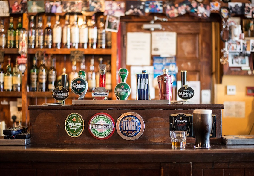 Your Guide to the Top Irish Bars in Manchester